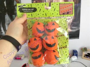 Pumpkin garland watermark 1.png